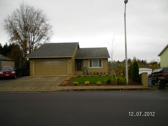 650 Smith Dr, Woodburn, OR 97071