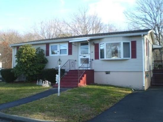 50 Marique Dr, Lawrence, MA 01843