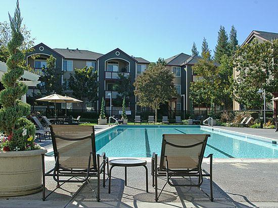 401 Briar Ridge Dr, San Jose, CA 95123
