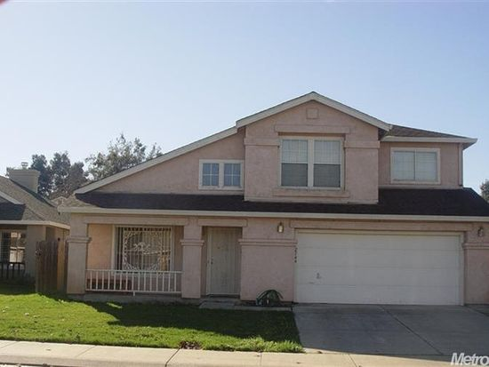 2144 Beau Pre St, Stockton, CA 95206