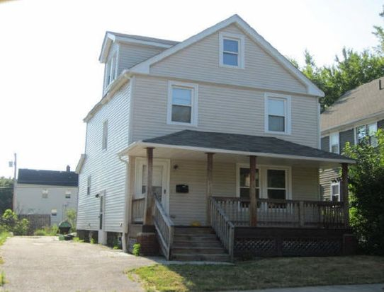 3833 E 142nd St, Cleveland, OH 44128