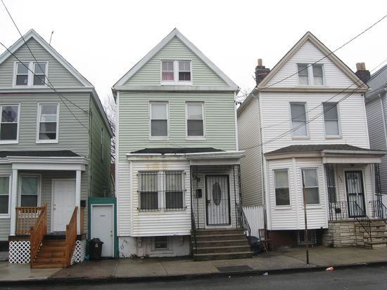 438 S 16th St, Newark, NJ 07103