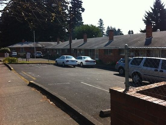 14932 E Burnside St, Portland, OR 97233