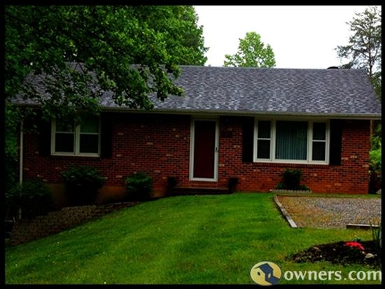 105 Oak Branch Ct, Vinton, VA 24179