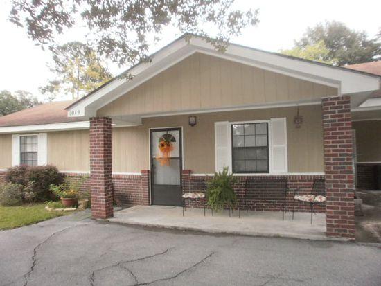 1019 West Dr, Laurel, MS 39440