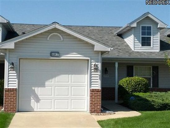 573 Heather Woods Dr, Elyria, OH 44035