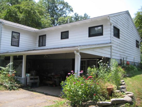 8 Shelley Ln, Forksville, PA 18616