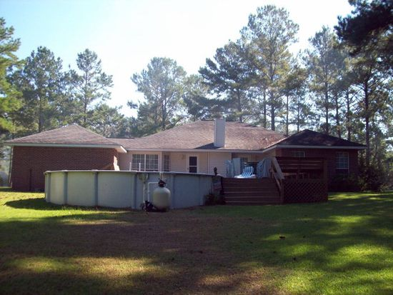 77 Covered Bridge Rd, Carriere, MS 39426
