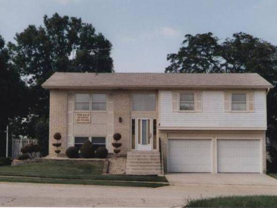 4601 Huntington Blvd, Hoffman Estates, IL 60192