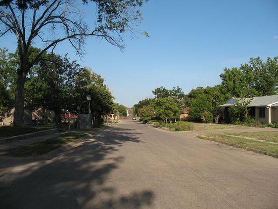 2316 Sunny Ln, Killeen, TX 76543