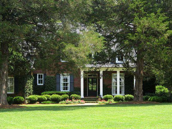 113 Ivy Hall Ln, Greenwood, SC 29649