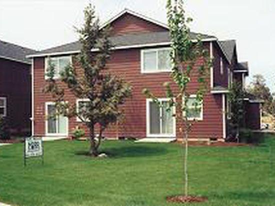 1821 SW Reindeer Ave, Redmond, OR 97756