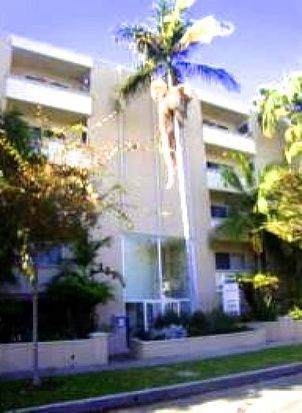 333 S Reeves Dr APT 205, Beverly Hills, CA 90212