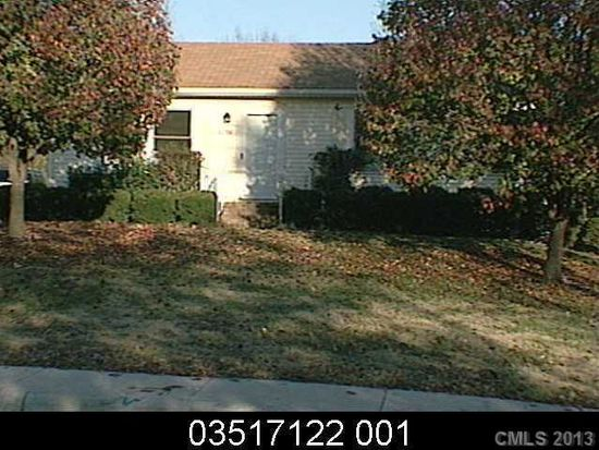 8758 Bellhaven Blvd, Charlotte, NC 28214