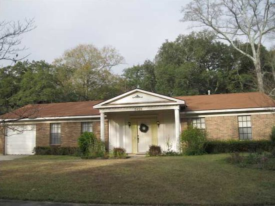 5828 Woodgate Rd, Mobile, AL 36609