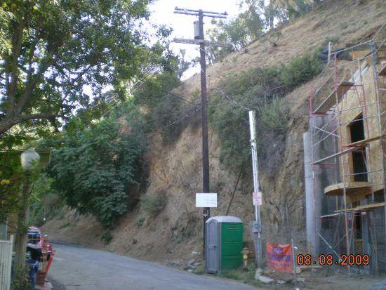 8637 Hollywood Blvd, Los Angeles, CA 90069