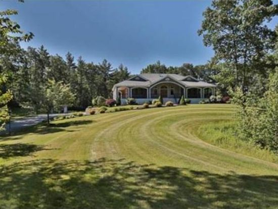 3 Lancelot Rd, Windham, NH 03087