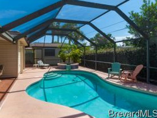 135 12th Ave, Indialantic, FL 32903