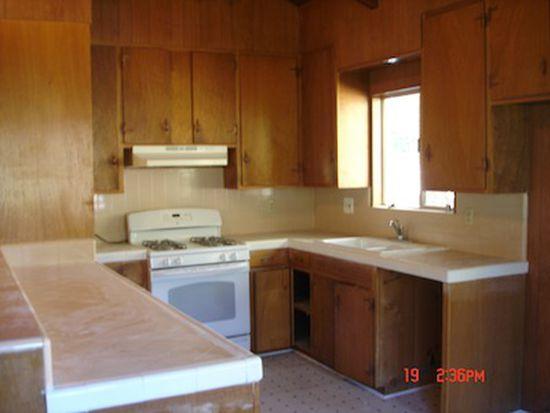 24791 Valle Dr, Crestline, CA 92325
