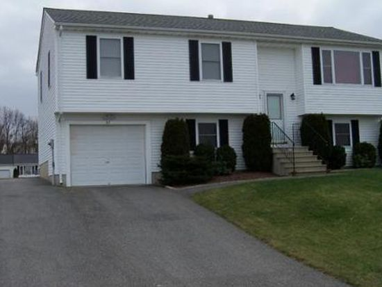 67 Four Winds Dr, Fall River, MA 02720