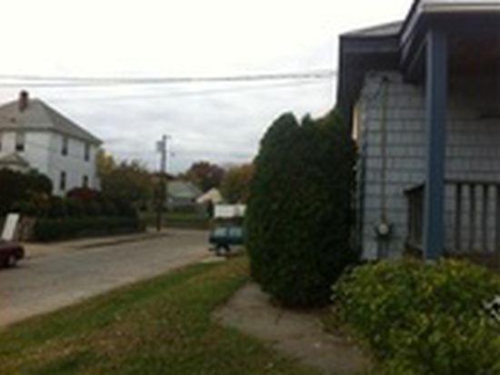 111 Pond St, Cranston, RI 02910