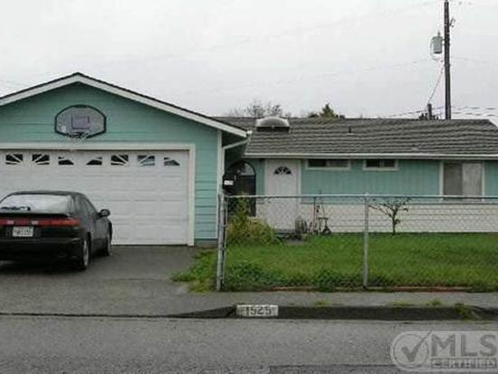 1525 Margie St, Crescent City, CA 95531