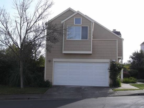 203 Ruby Ln, Vallejo, CA 94590