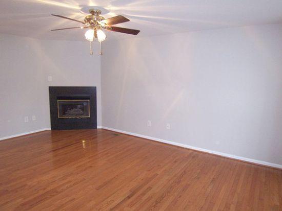 2 Amberlady Ct, Owings Mills, MD 21117