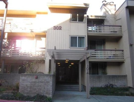 302 Philip Dr APT 304, Daly City, CA 94015