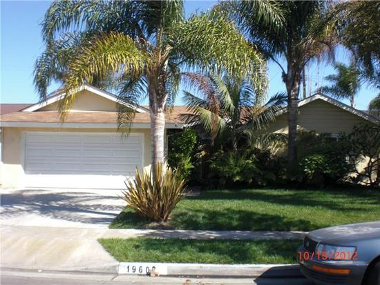 19602 Trident Ln, Huntington Beach, CA 92646