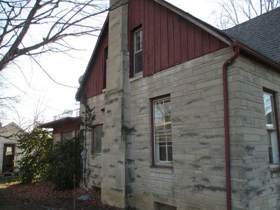 9349 Spearsville Rd, Morgantown, IN 46160