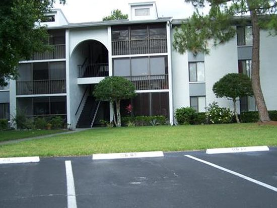 1308 Pine Ridge Cir E APT B3, Tarpon Springs, FL 34688