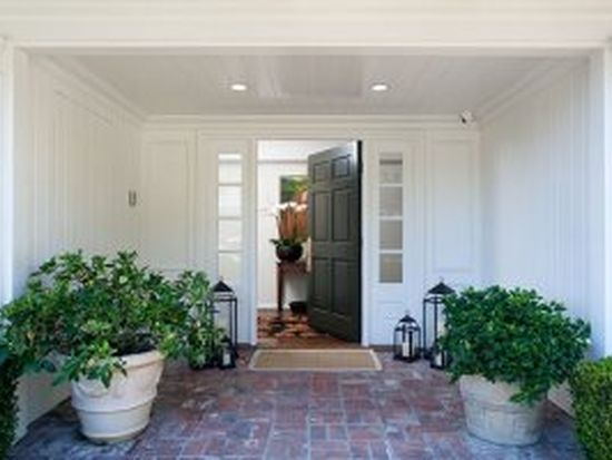9617 Arrowood Dr, Beverly Hills, CA 90210