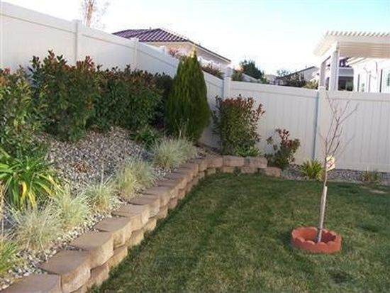 19321 Galloping Hill Rd, Apple Valley, CA 92308