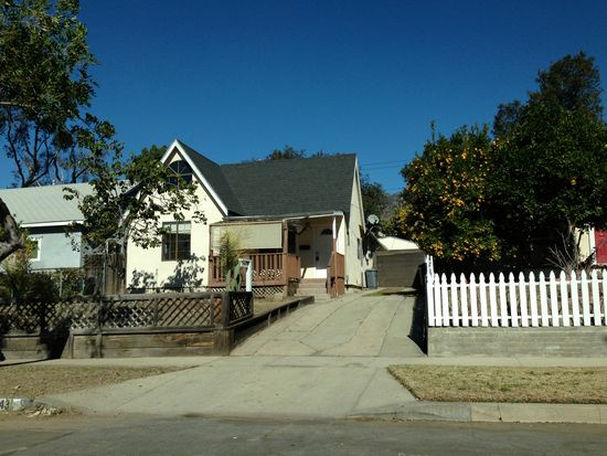 143 W Mendocino St, Altadena, CA 91001
