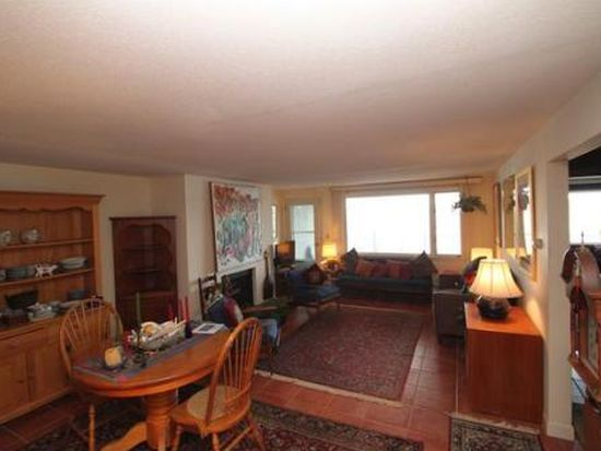 147 Front St APT 10, Marblehead, MA 01945