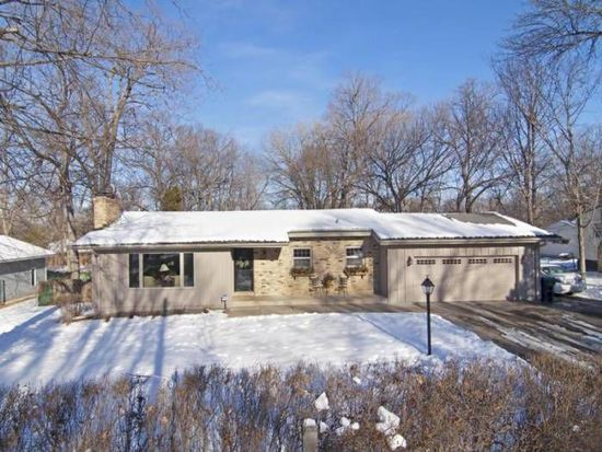 3554 Livingston Ave, Wayzata, MN 55391