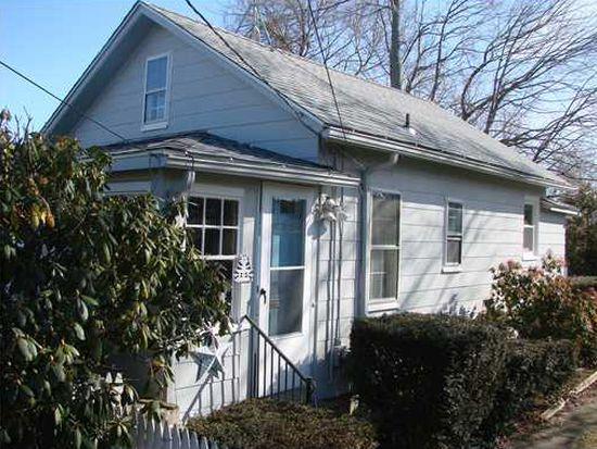 65 Orchard Ave, Barrington, RI 02806