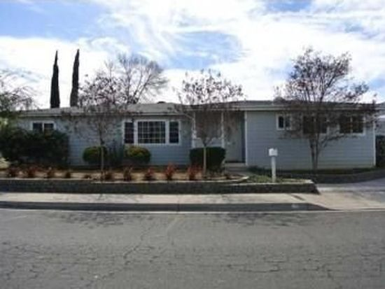 211 N Orleans Ave, Escondido, CA 92027