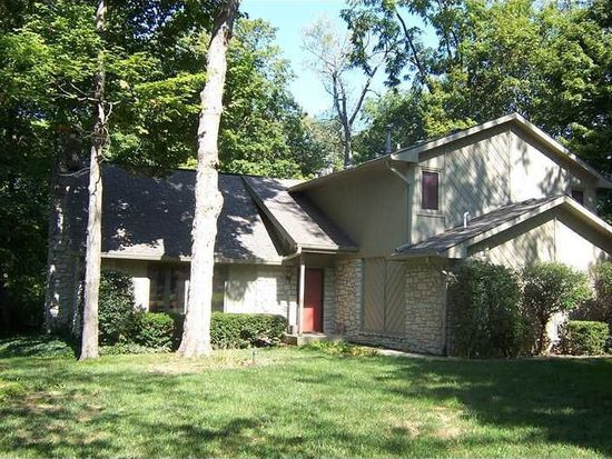 472 Sycamore Ct, Greenfield, IN 46140