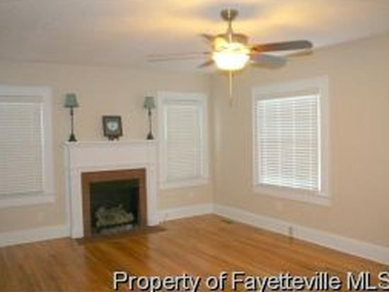 705 Greenland Dr, Fayetteville, NC 28305