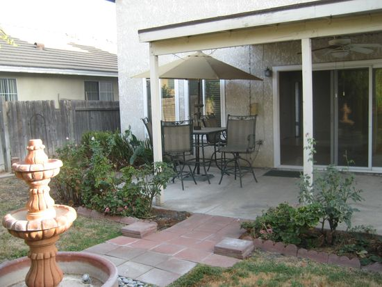 26282 Snowden Ave, Redlands, CA 92374