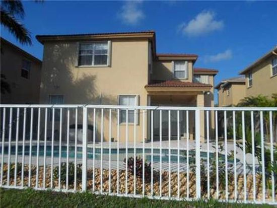 8325 NW 115th Ct, Doral, FL 33178