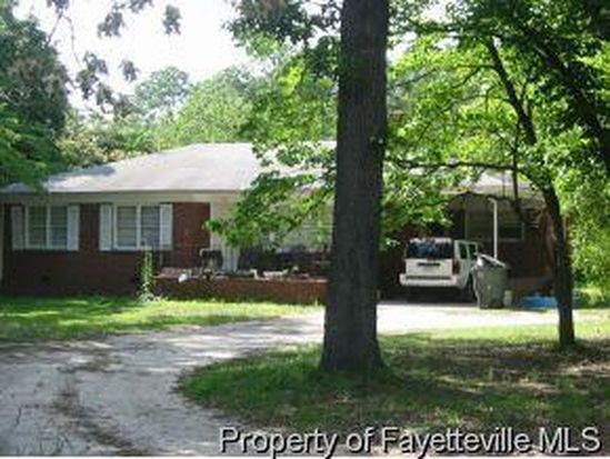 902 Karr Dr, Fayetteville, NC 28314