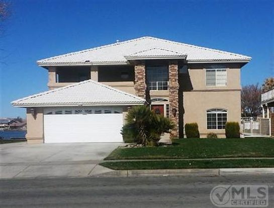 13266 Country Club Dr, Victorville, CA 92395
