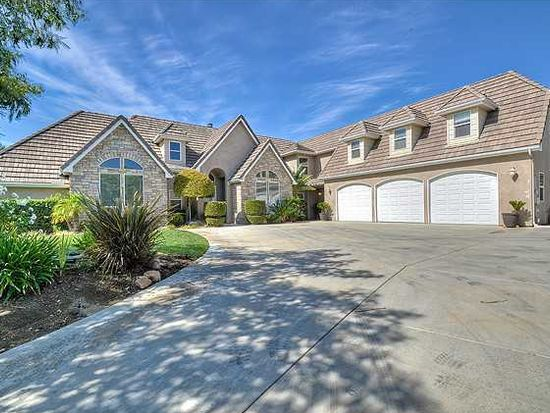 12603 Lonesome Oak Way, Valley Center, CA 92082