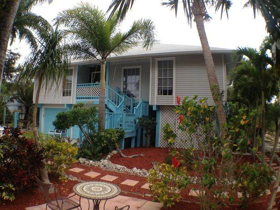 14336 Clubhouse Dr, Bokeelia, FL 33922