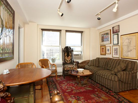 433 W 34th St APT 4N, New York, NY 10001