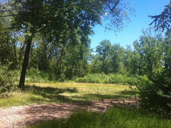89 Meadow Hill Rd, Barrington, IL 60010