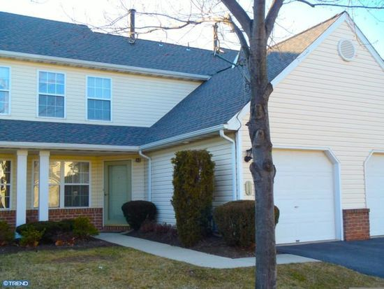 115 Hickory Ln, Wyomissing, PA 19610